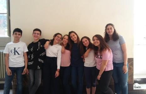 Complimenti ai nostri ragazzi di terza media che con impegno hanno partecipato al corso di preparzione e sostenuto la certificazione linguistica PET(Livello B1 del Quadro Comune Europeo).