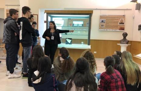 Il nostro primo anno al Museo Papirologico diLecce! Lascuolaoltre le mura dellascuola!